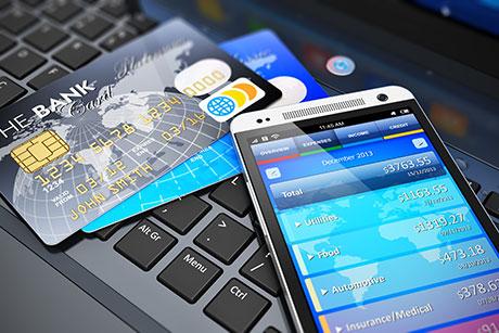 网上找中介代办信用卡 卡没到手先欠银行8000多元!