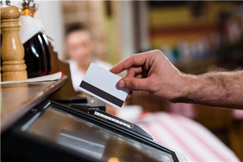 警惕两种银行最痛恨的信用卡刷卡方式!四招助您提升额度!