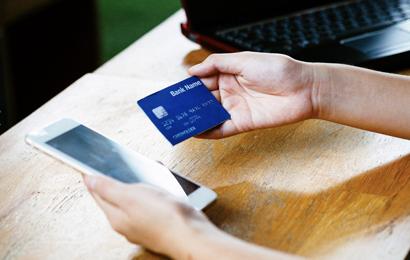 小心了!信用卡被他人冒用,活生生刷走1900元?