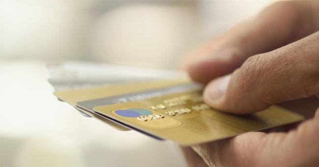 """告诉你信用卡最多能透多少钱!""""刷爆""""了竟然还能刷?"""
