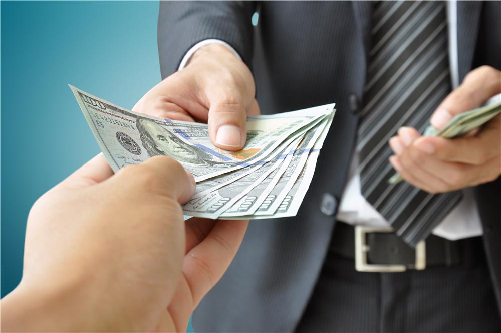 救急不救穷 当有人问你借钱时,你是怎么回答的