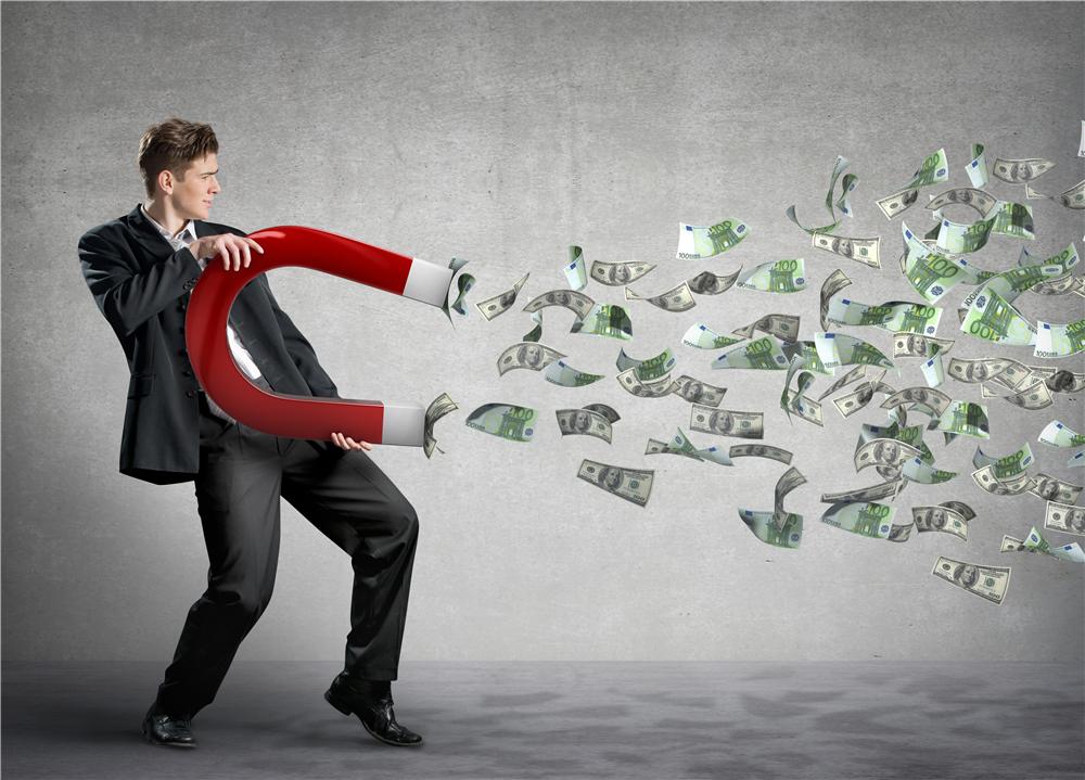 新型诈骗专找10w 大额信用卡下手,你要小心了!