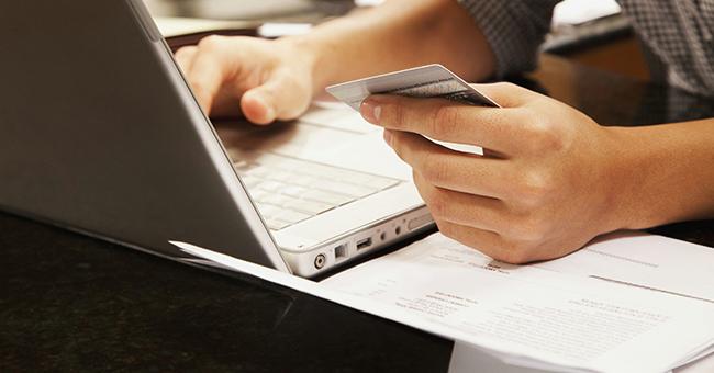 过年期间,别忘了给信用卡还款,跨行转账还款要提早!