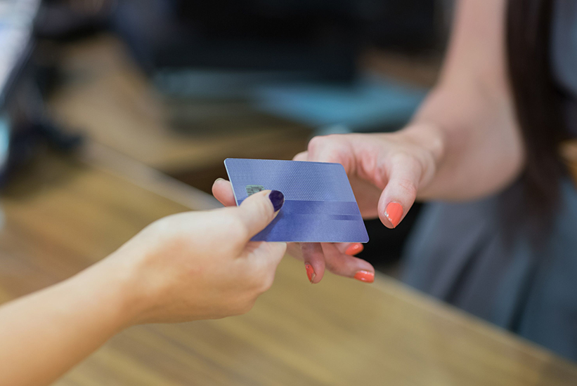 信用卡最低还款额及利息计算
