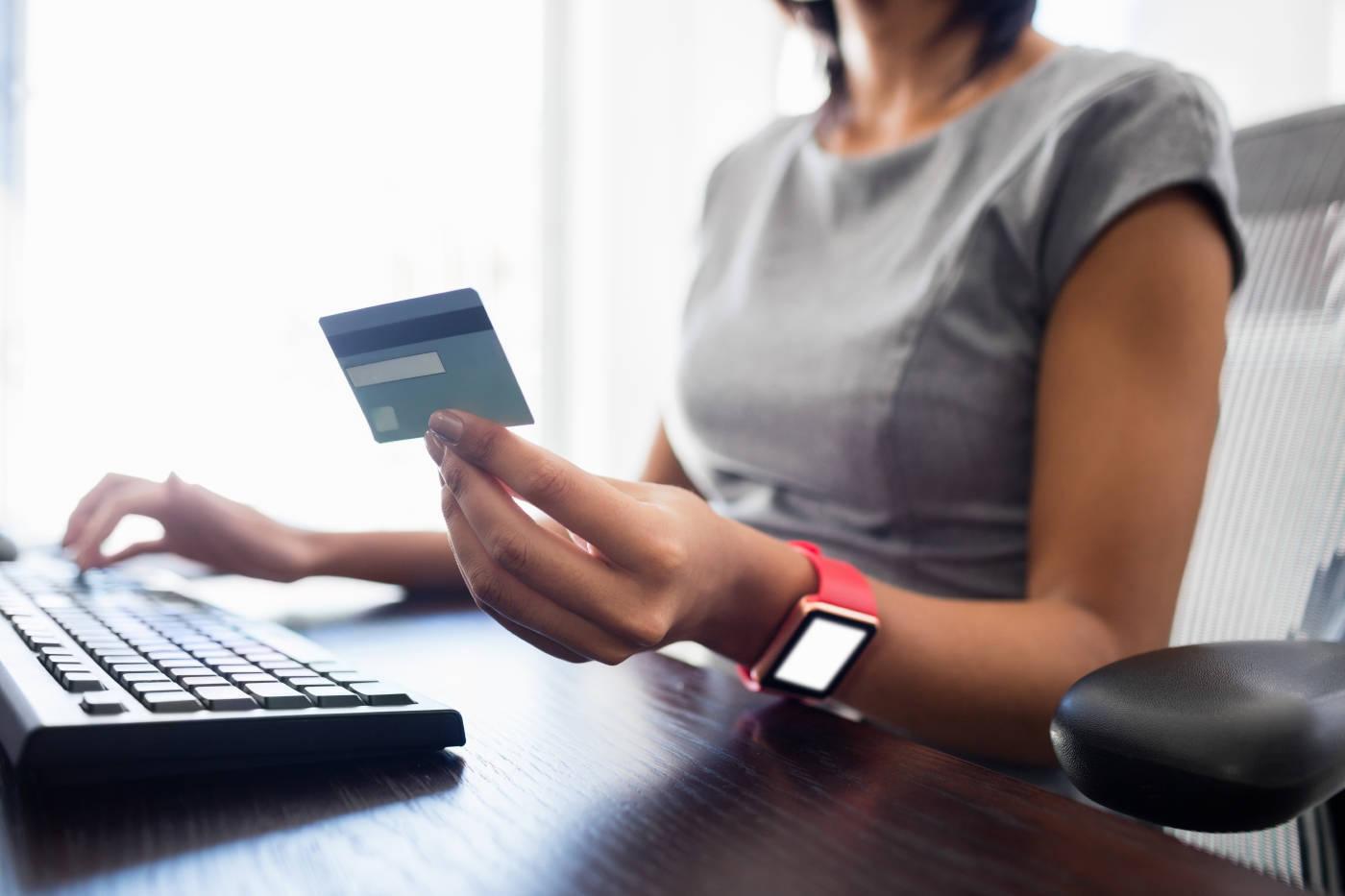 信用卡提额通用技巧,专治低额度!