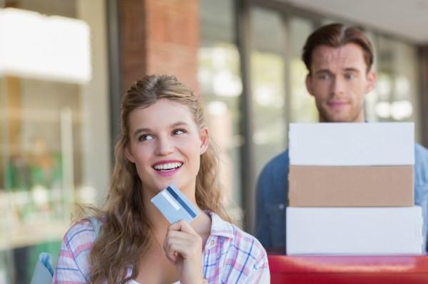 面对大量用户套现、养卡,银行究竟什么态度?这3条红线不能碰