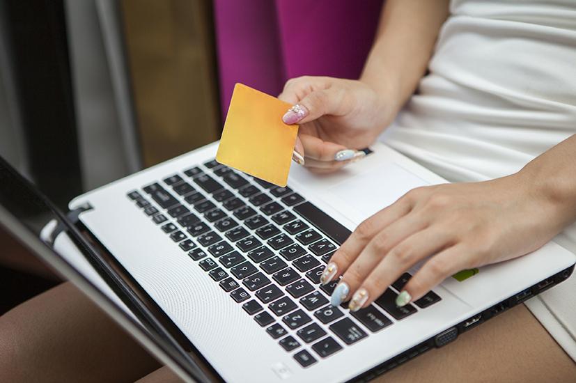 华夏银行信用卡种类及额度介绍。