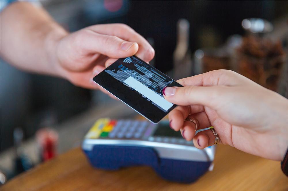 想申请一张五万的信用卡这样操作准到手!