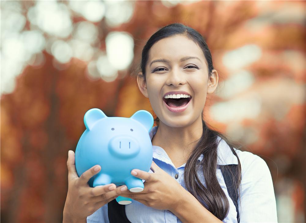 如何用信用卡赚钱,必备的5张信用卡每年可薅18000元