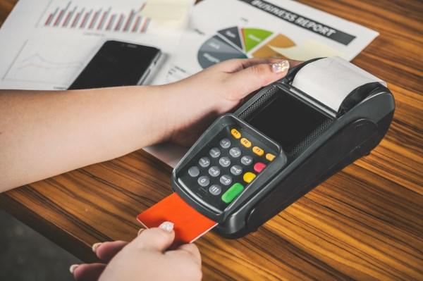 分享提额窍门:信用卡额度从2000到18万