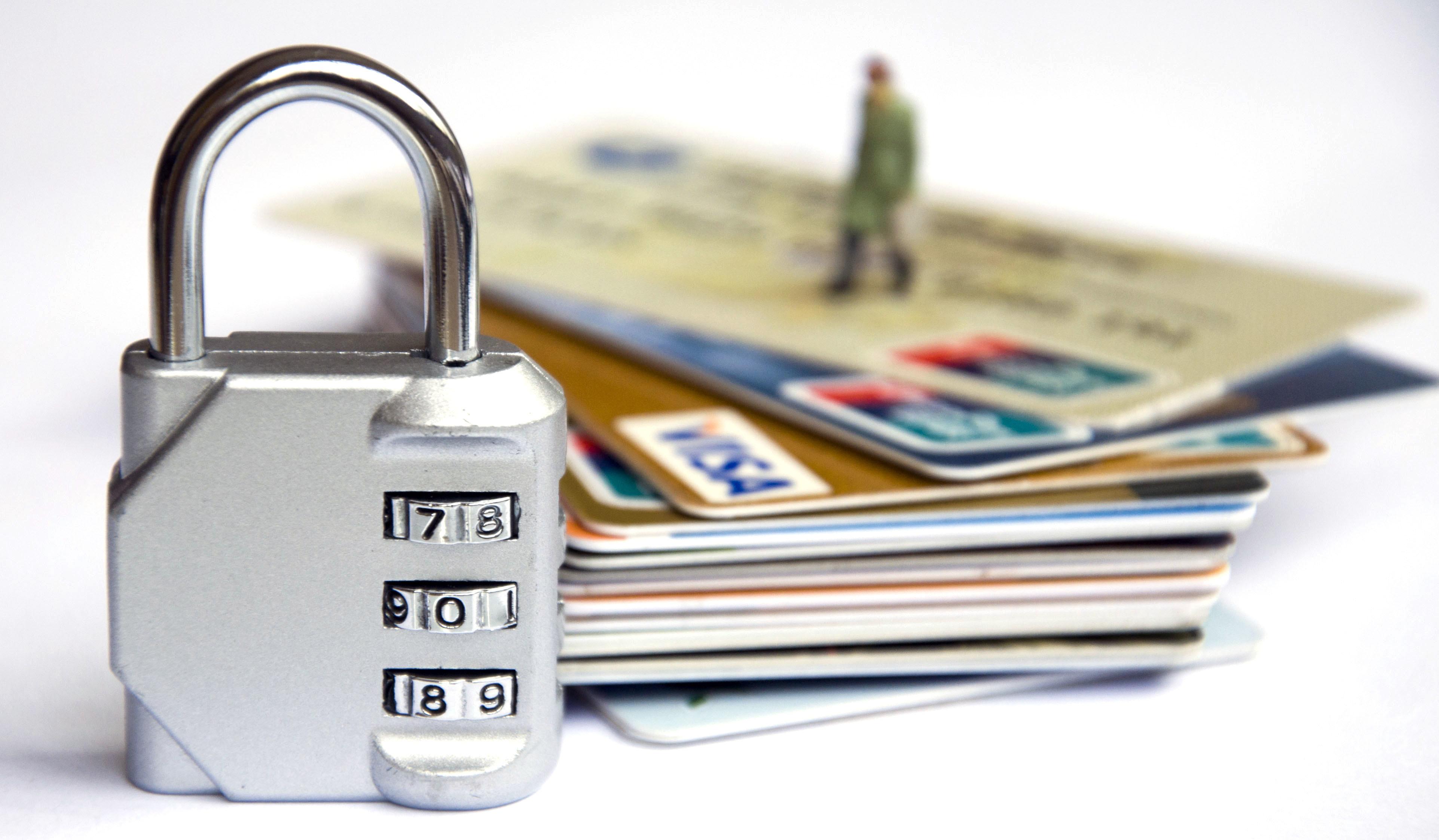 """搜集了这么多证据,只为了证明,信用卡""""0账单""""能够美化征信!"""